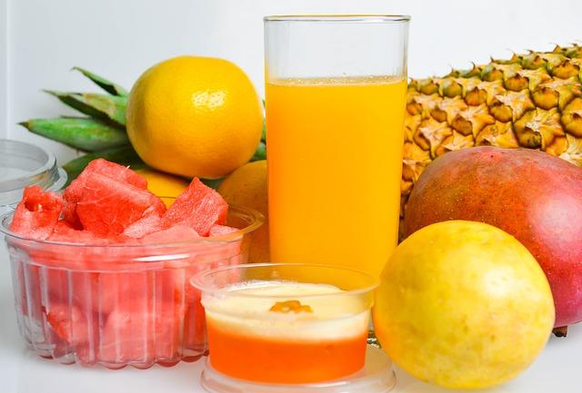 piña natural calorias